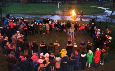 Uždegtos atminimo, vienybės ir pergalės žvakutės