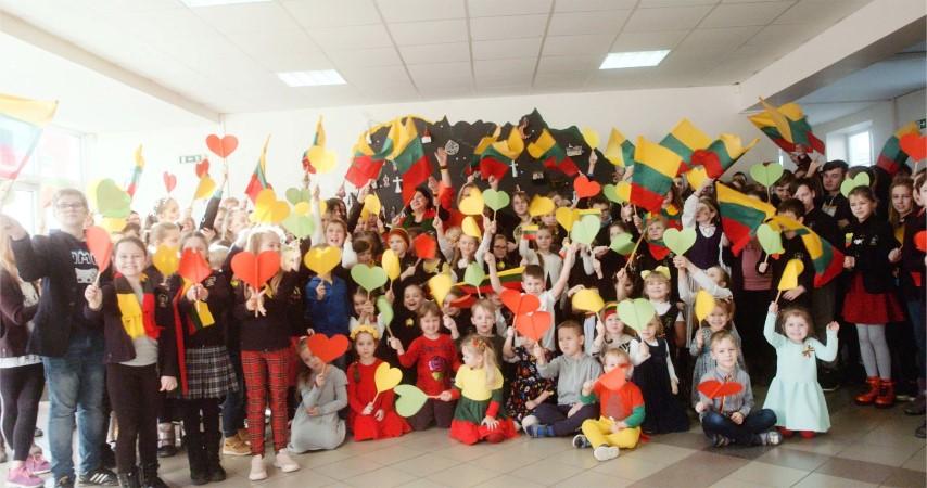 Pasveikino Lietuvą su gimtadieniu atrasdami, bendraudami, pažindami, kurdami!